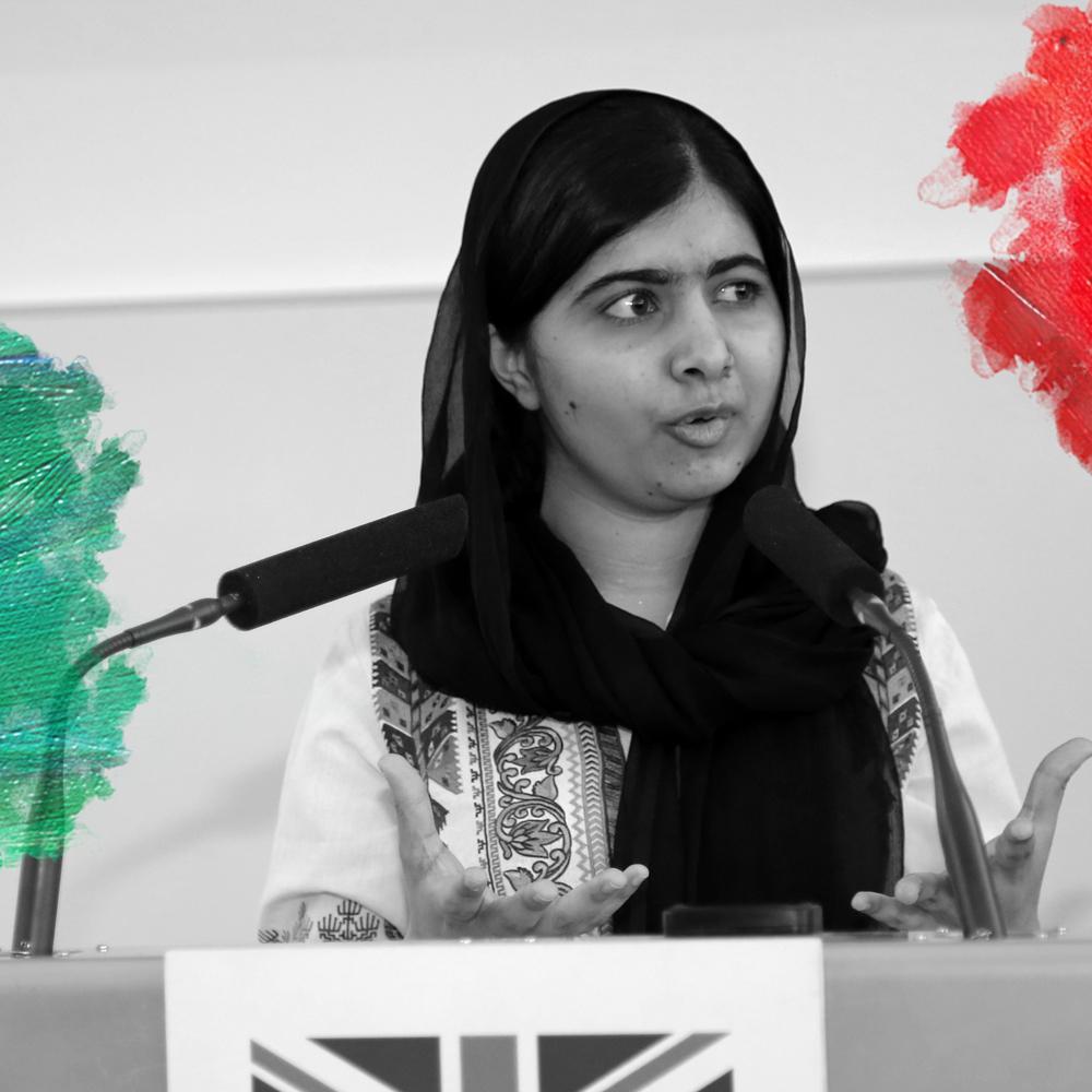 Foto: DFID (2017) Malala Yousafzai speaks to DFID staff to discuss the importance of girls' education. Bewerkt door MooierMens.app voor Blog Kun jij een rolmodel zijn? op 21-09-2017. https://commons.wikimedia.org/wiki/Category:Malala_Yousafzai#/media/File:Malala_Yousafzai_speaks_to_DFID_staff_-_2017_(33990606401).jpg